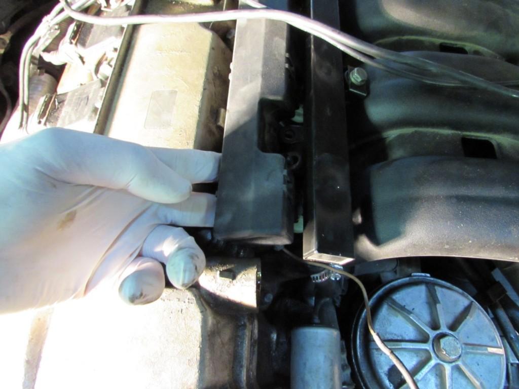 Bmw E36 Fuel Injector Pressure Regulator Rebuild Replacment Diy 94 325i Engine Wiring Harness Post
